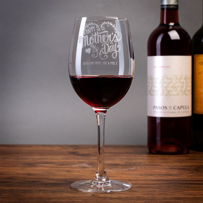 personalised-wine-glass---happy-mothers-day_a.jpg