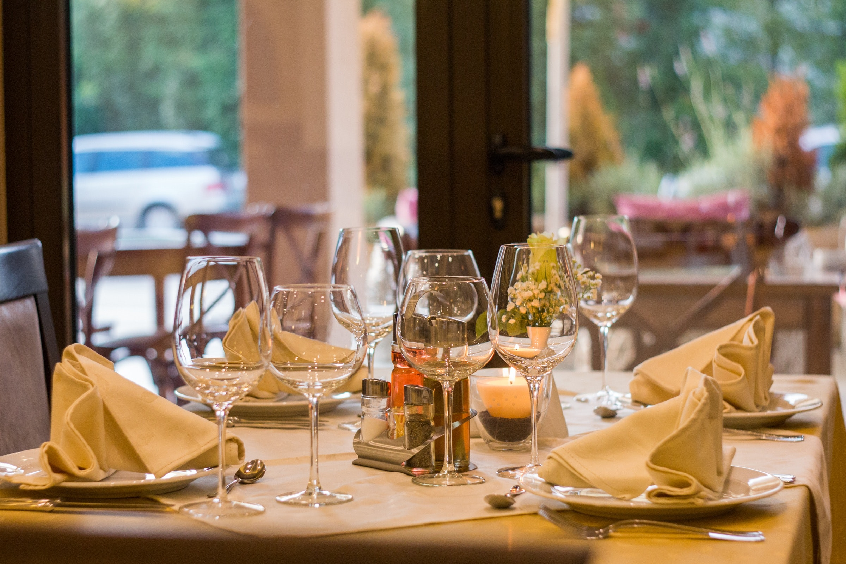 fine dining restaurant table
